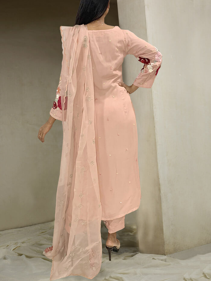 Peachy rose embroidered tunic set